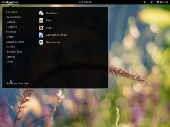 Siduction 2013.2 GNOME 3 app menu