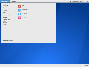 The GNOME Classic desktop on Antergos 2014.05.26 showing the Applications menu.
