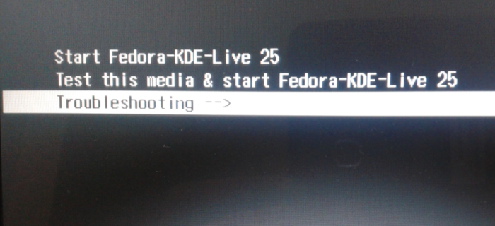 Fedora 25 install boot menu