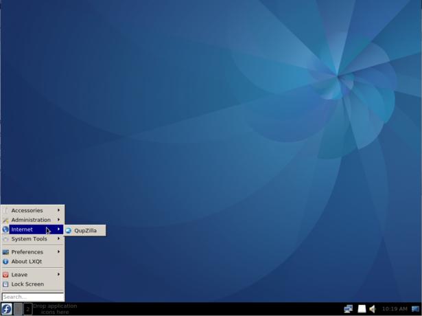 Fedora LXQt desktop menu